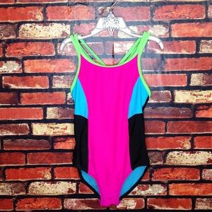 5 for $25🔥Size 8 Girls O'Rageous Swimsuit